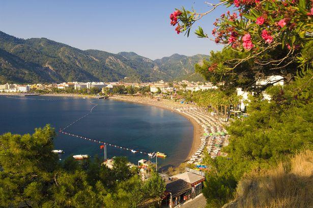 Mamaris-Beach-3012735